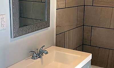 Bathroom, 202 S Roane St, 0