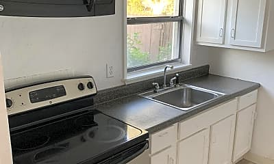 Kitchen, 924 Nebraska St, 1