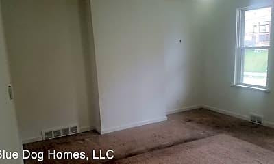 Bedroom, 305 E 12th Ave, 1
