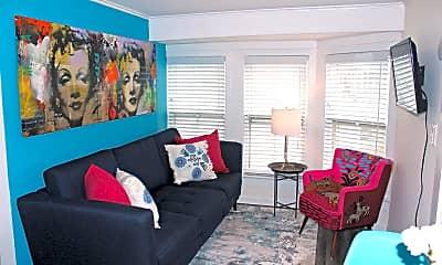 Living Room, 85 Mt Zion Way 2, 1