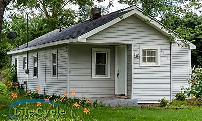 Building, 1310 Beechwood St NE, 0