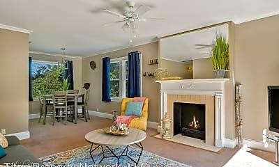 Living Room, 3240 Fairfield Ave, 0