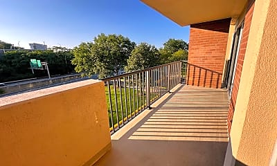 Patio / Deck, 1300 Army Navy Dr 425, 2