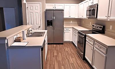 Kitchen, 4000 Almond Ave, 1