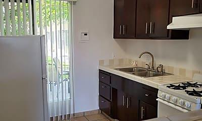 Kitchen, 3035 E Mariquita St, 1