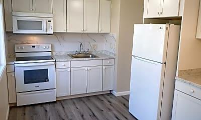 Kitchen, 858 SW 135th St #4, 1