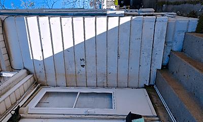 Patio / Deck, 2415 N Ellis St, 2