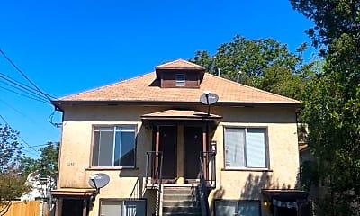 Building, 2260 Wilcox Ave, 1