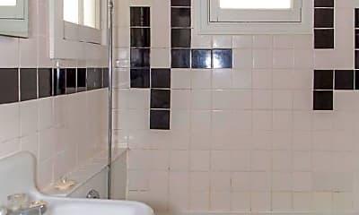 Bathroom, 1220 Pearl St, 2