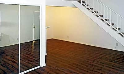 Woodland & Walnut Pointe Apartments, 1