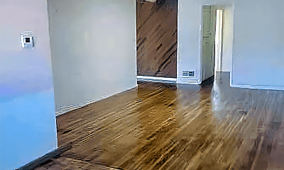 Living Room, 1641 Pontenova Ave, 2