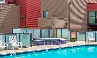 Pool, 930 NW Naito Pkwy, 2