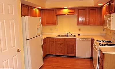 Kitchen, 46782 Graham Cove Square, 1