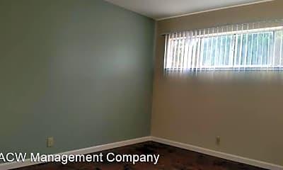 Bedroom, 731 E Homestead Rd, 2