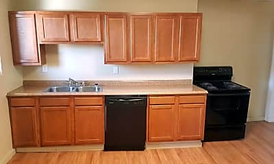 Kitchen, 1603 Arlington Ave, 0