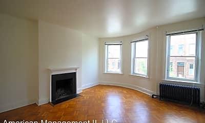 Living Room, 209 E Biddle St, 1