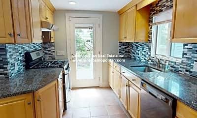 Kitchen, 123 Elm St, 2
