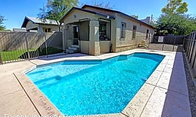 Pool, 1100 E 9th St, 0