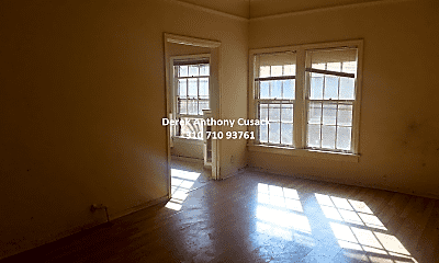 Living Room, 603 S Cochran Ave, 1