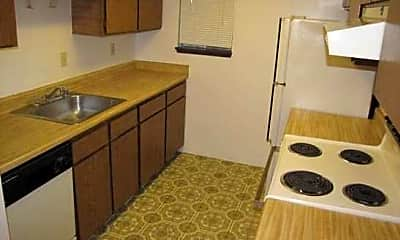 Hidden Firs Apartments, 1