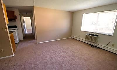 Living Room, 22000 River Oaks Dr 20, 1