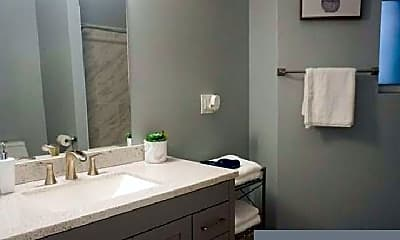 Bathroom, 3710 S King Dr, 1