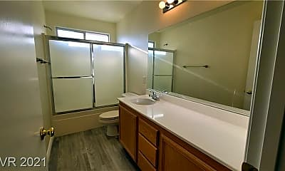 Bathroom, 8480 Garnet Peak Ct, 2