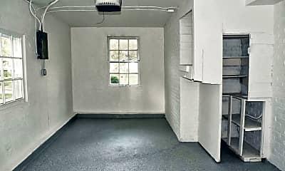 Living Room, 3421 Ashby Rd, 2