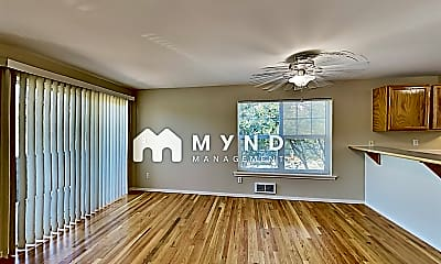Living Room, 323 NW 103rd St, 1