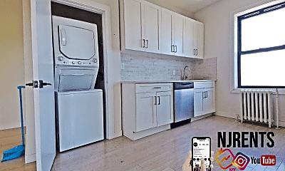 Kitchen, 6415 Broadway, 0
