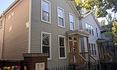 Building, 1459 N Paulina St, 0