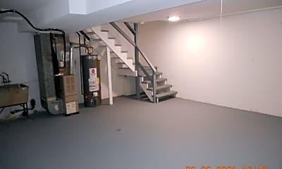 Bedroom, 486 Duane Terrace, 2