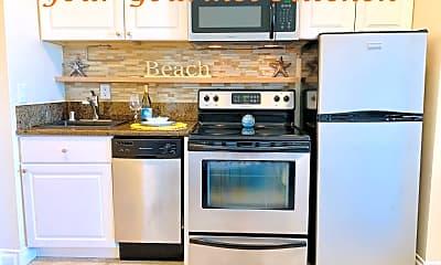 Kitchen, 211 Yacht Club Way, 0