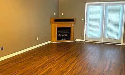 Living Room, 1015 Old Marks Dr, 1