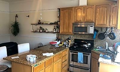 Kitchen, 129 Fair Oaks St, 2
