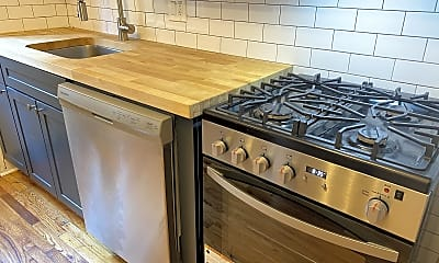 Kitchen, 338 Lombard St, 1