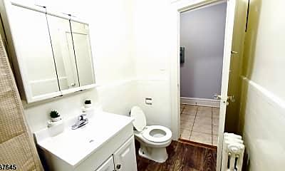 Bathroom, 304 Hillside Ave A02, 2