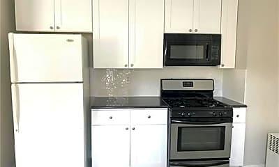 Kitchen, 423 Buchanan St, 2