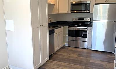 Kitchen, 390 E 2700 S, 0