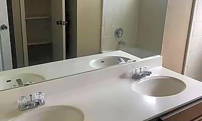 Bathroom, 2702 Starling Dr, 2