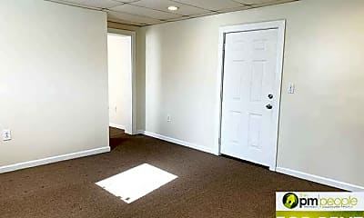 Bedroom, 4 Ellendale Ave, 2