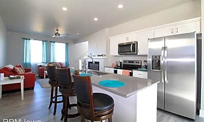 Kitchen, 4028 NE 4th St, 1