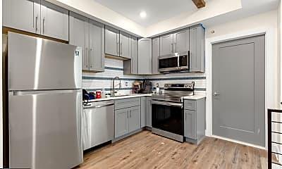 Kitchen, 509 Gorgas Ln 1R, 1