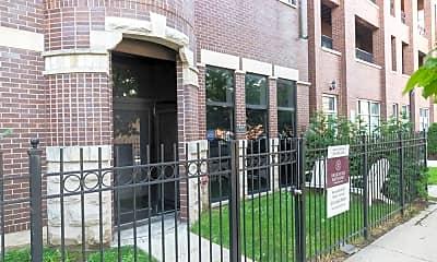 Building, 521 N Racine Ave, 2