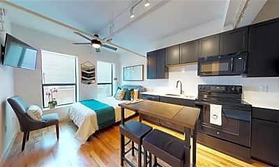 Living Room, 3721 N Hall St S2, 0