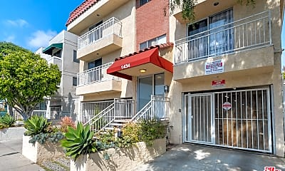 Building, 1434 S Point View St 108, 0
