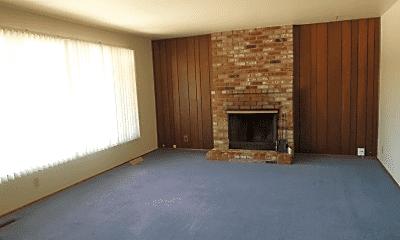Living Room, 18461 Terry Way, 1