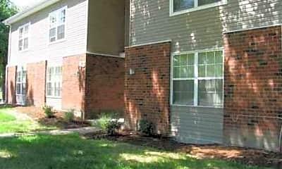 Laurel Park Apartment Homes, 1
