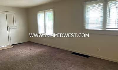 Living Room, 4006 Bowser Ave, 2