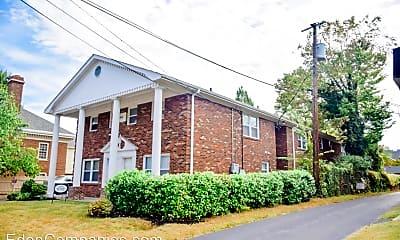 Building, 140 Kentucky Ave, 1